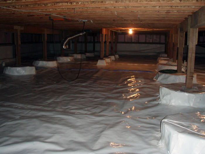 A Very Large, Sealed, And Waterproofed Crawl Space In Lynwood.